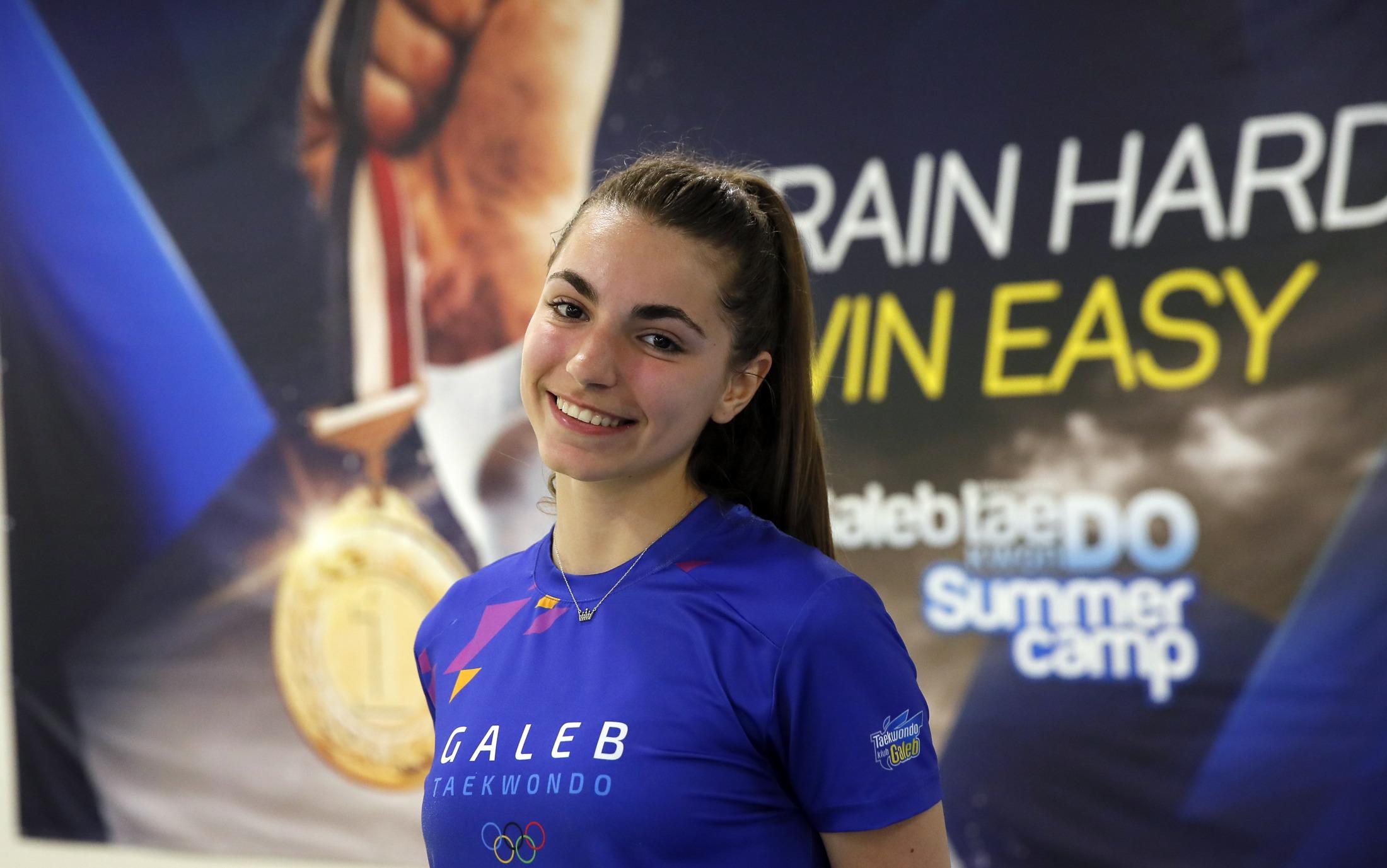 Tara Radulović - Svira klavir, ide u Petnicu, a medalje u tekvodnu je tek čekaju