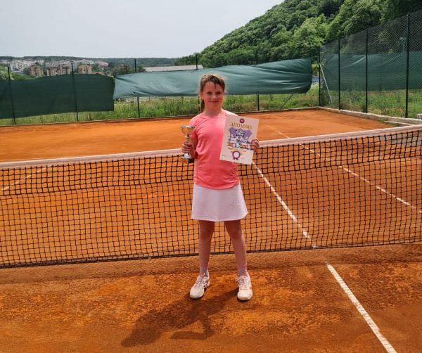 Nina Tepić osvojila Otvoreno prvenstvo Beograda