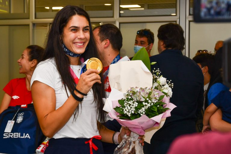 Zlatna Milica stigla u Srbiju: Nerealno da imam dva olimpijska zlata